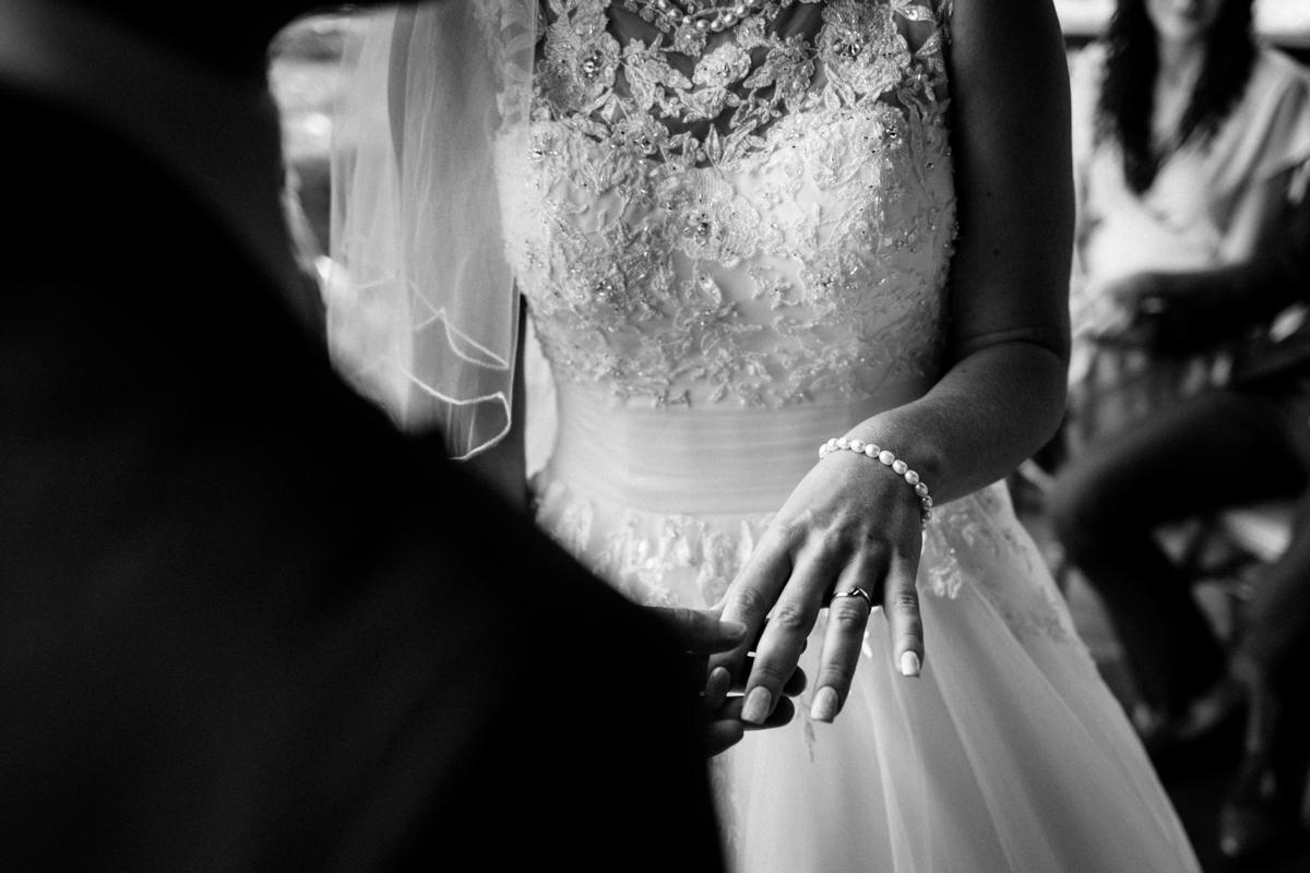 Broyle Place wedding East Sussex JS Michael Stanton Photography 22