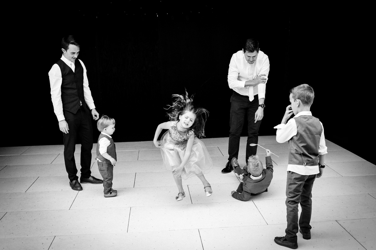 Broyle Place wedding East Sussex JS Michael Stanton Photography 39