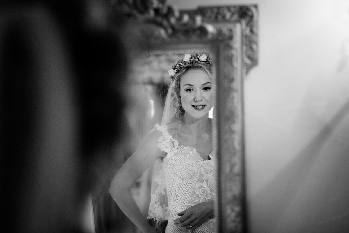 Upwalthan Barns wedding West Sussex TW Michael Stanton Photography 8